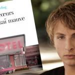 Pour son deuxième roman, Sacha Sperling dessine des Cœurs en skaï mauve